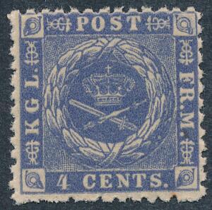 1872. 4 cents, blå. Linietakket 12 12. Smukt postfrisk mærke. AFA 3800. Attester Møller og Nielsen.